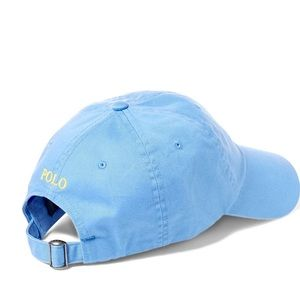 Light blue polo hat never worn in great condition